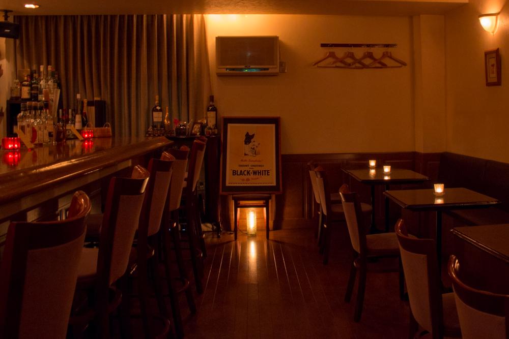 静岡市 Bar OZ. バーオンス 店内