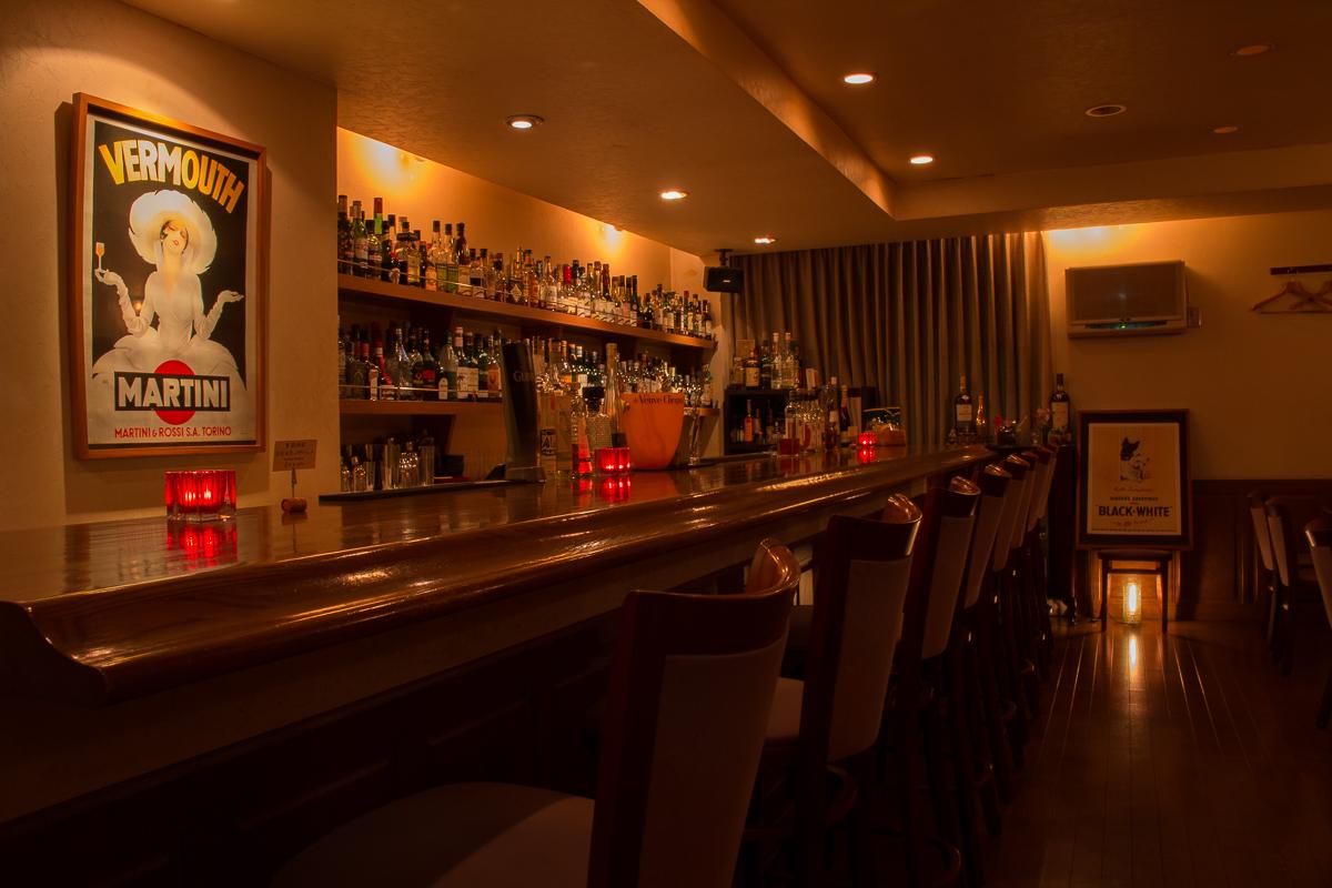 静岡市 Bar OZ. バーオンス 店内イメージ 1